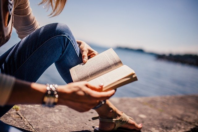 Benefits-of-Reading-Books-a